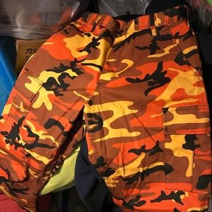 Other - COLORED CAMO CARGO PANTS